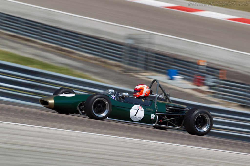 Brabham BT21B - Chassis: BT21B-16 - Driver: Jim Blockley  - 2015 Grand Prix de l'Age d'Or