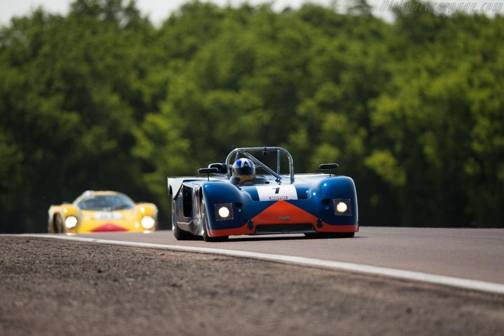 Chevron B19 - Chassis: B19-71-17 - Driver: Martin O'Connell / Andrew Kirkaldy  - 2015 Grand Prix de l'Age d'Or
