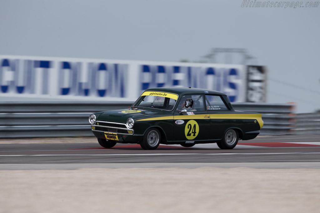 Lotus Cortina - Chassis: BA77EK76773 - Driver: Christophe van Riet / Raphaël de Borman  - 2015 Grand Prix de l'Age d'Or
