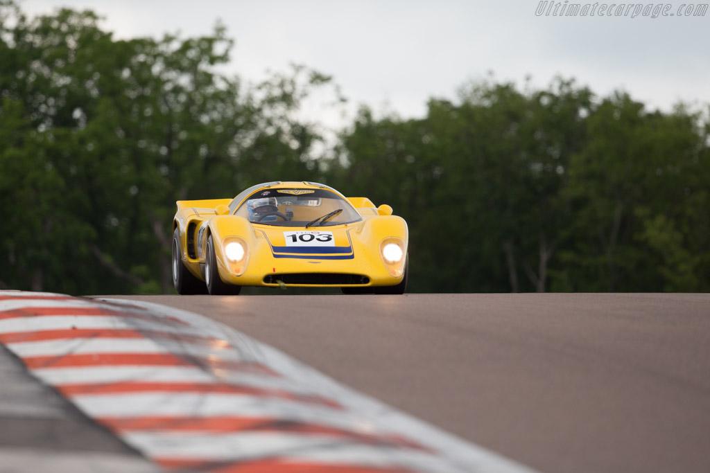 Chevron B16 - Chassis: CH-DBE-35 - Driver: Franco Meiners  - 2016 Grand Prix de l'Age d'Or