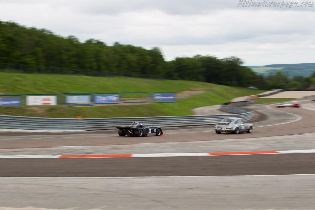Chevron B19 - Chassis: B19-71-6 - Driver: Martin O'Connell  - 2016 Grand Prix de l'Age d'Or