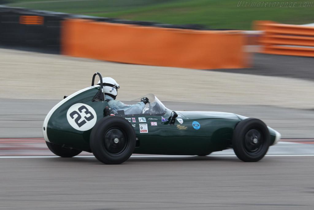 Elva 100  - Driver: John Arnold  - 2016 Grand Prix de l'Age d'Or