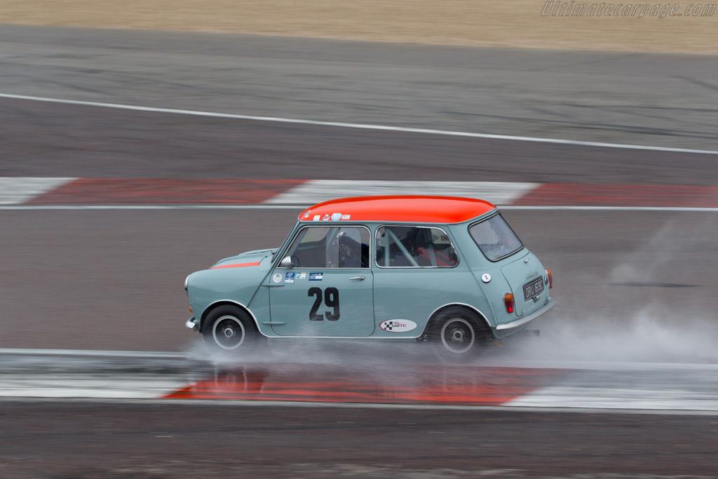 Morris Mini Cooper S  - Driver: Richard Parsons / Ellie Birchenhough  - 2016 Grand Prix de l'Age d'Or