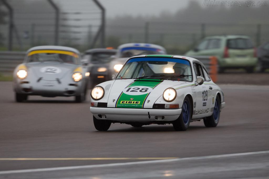 Porsche 911 - Chassis: 303727 - Driver: Steve Jones / Nick Padmore  - 2016 Grand Prix de l'Age d'Or