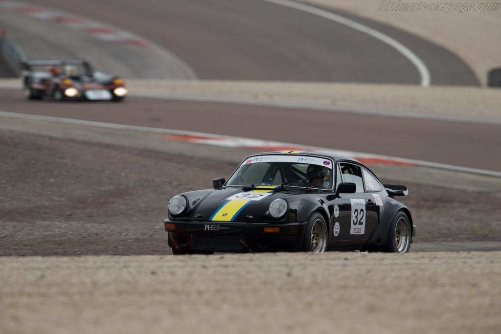 Porsche 930 - Chassis: 930 670 0426 - Driver: NELSON  - 2016 Grand Prix de l'Age d'Or