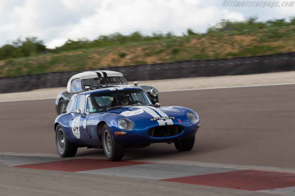 Jaguar E-Type - Chassis: 889210 - Driver: Jean-Francois Renault / Richard Renault - 2017 Grand Prix de l'Age d'Or