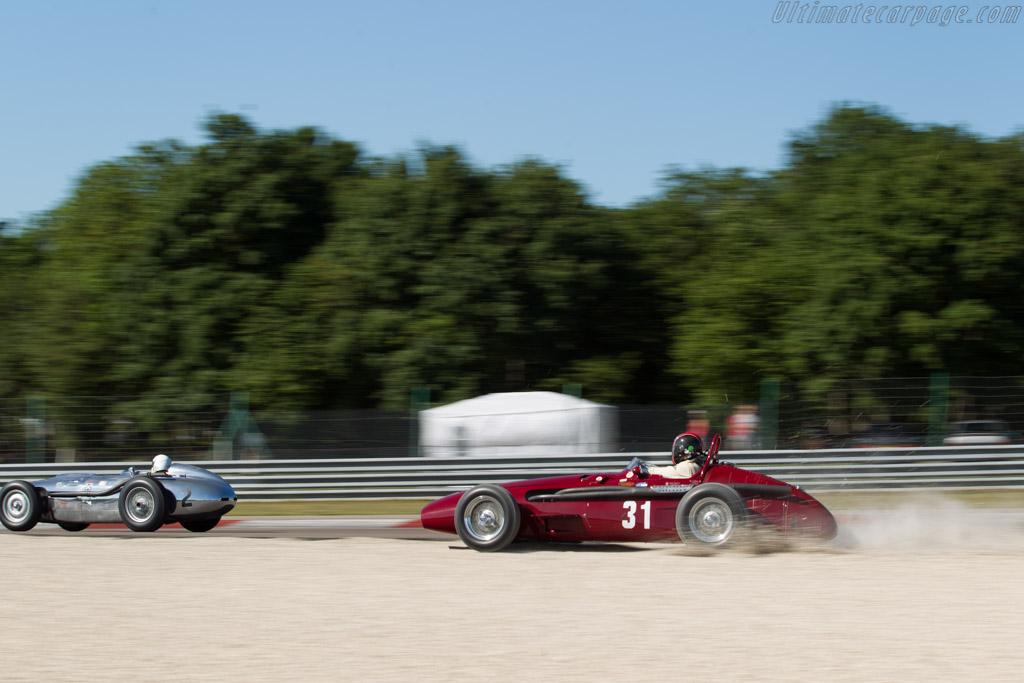 Maserati 250F - Chassis: 2523 - Driver: Giullermo Fierro  - 2017 Grand Prix de l'Age d'Or