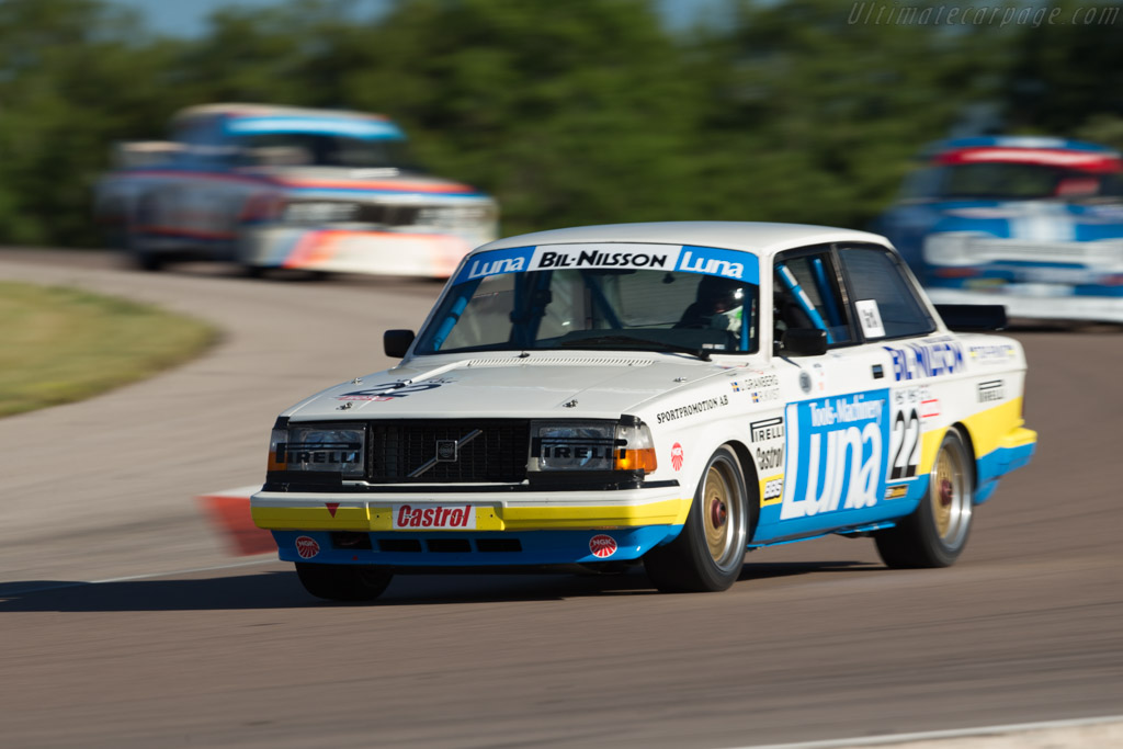 Volvo 240 Turbo - Chassis: 240A 403 - Driver: Andrew Beverley  - 2017 Grand Prix de l'Age d'Or