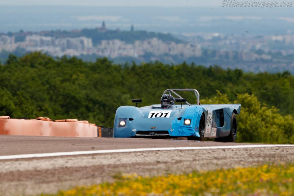 Chevron B19 - Chassis: B19-71-31 - Driver: Emanuele Benedini / Ross Hyett  - 2018 Grand Prix de l'Age d'Or