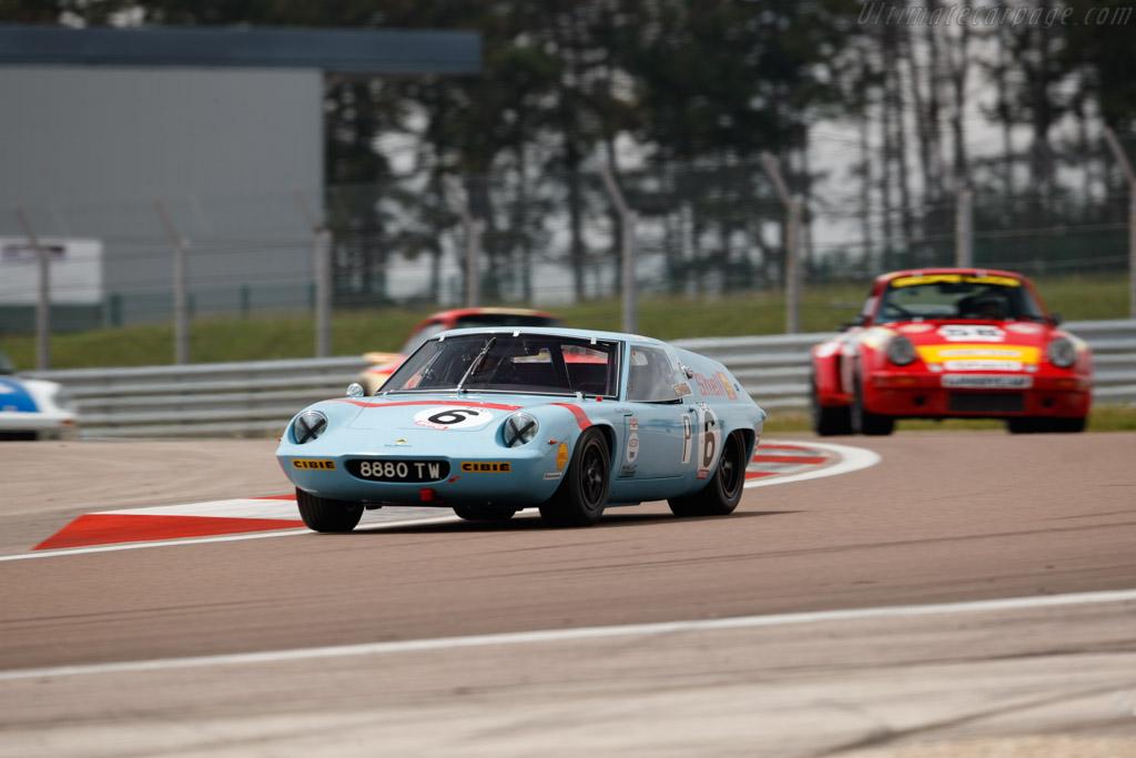 Lotus 47 - Chassis: 47/GT/54 - Driver: Oliver Mathai  - 2018 Grand Prix de l'Age d'Or