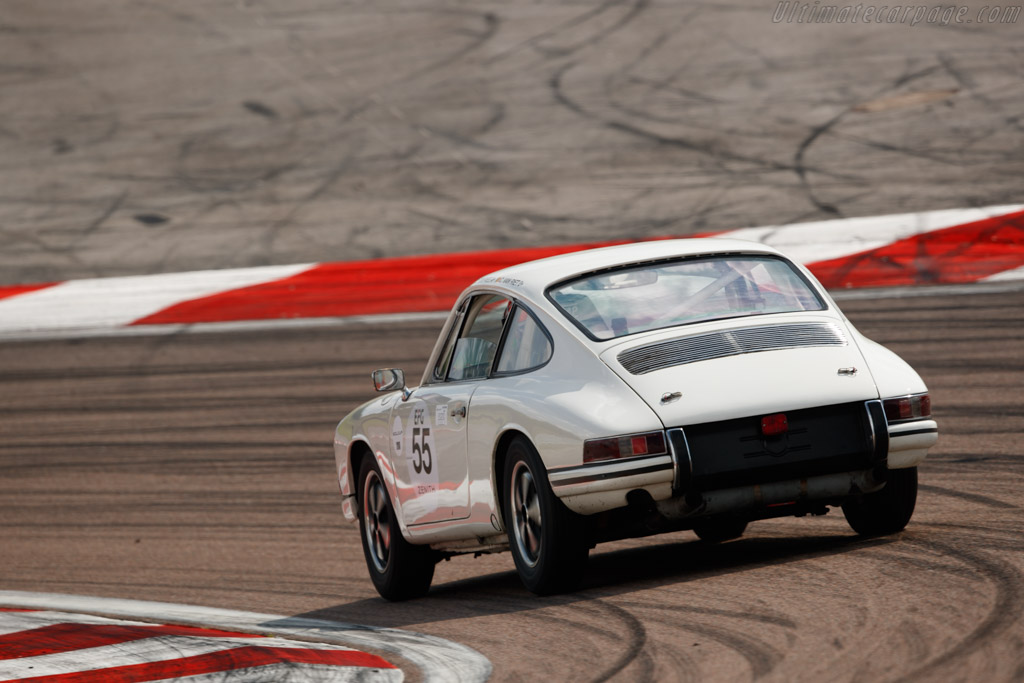 Porsche 911 - Chassis: 302534 - Driver: Christophe van Riet / Raymond Narac  - 2018 Grand Prix de l'Age d'Or