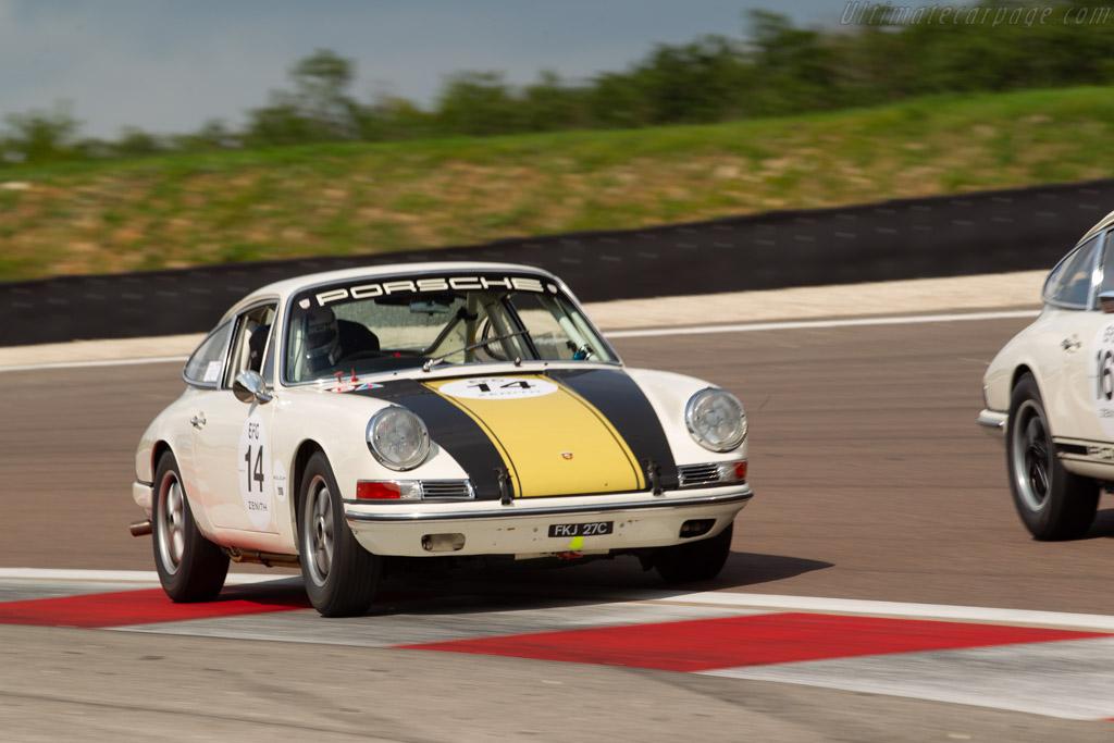 Porsche 911 - Chassis: 301846 - Driver: Phil Hindley  - 2018 Grand Prix de l'Age d'Or
