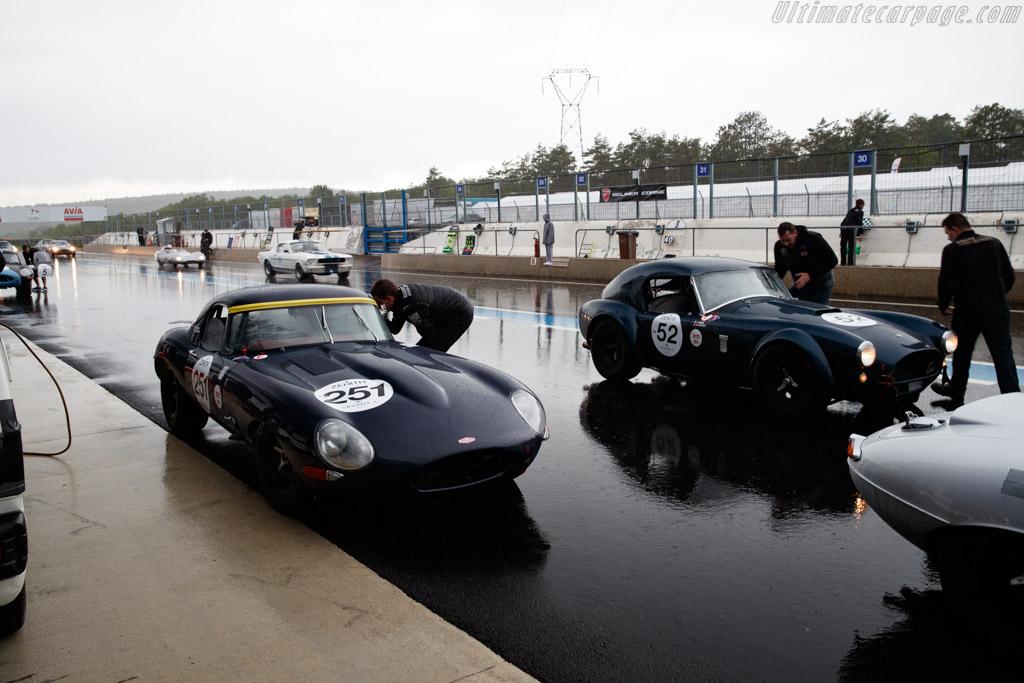 Jaguar E-Type - Chassis: 877376 - Driver: Maxime Guenat / Guillaume Mahe - 2019 Grand Prix de l'Age d'Or