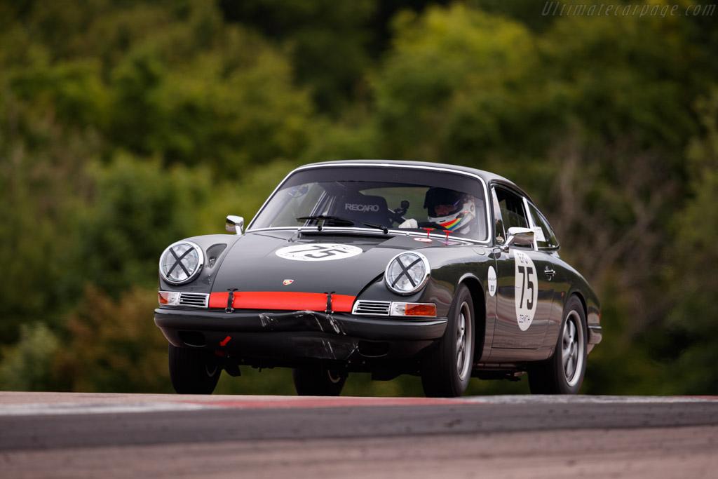 Porsche 911 - Chassis: 303525 - Driver: Simon Evans / Joe Twyman - 2019 Grand Prix de l'Age d'Or