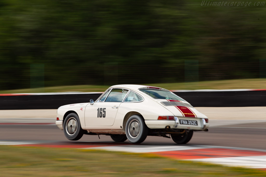 Porsche 911 - Chassis: 302060 - Driver: Mark Bates / James Bates - 2019 Grand Prix de l'Age d'Or