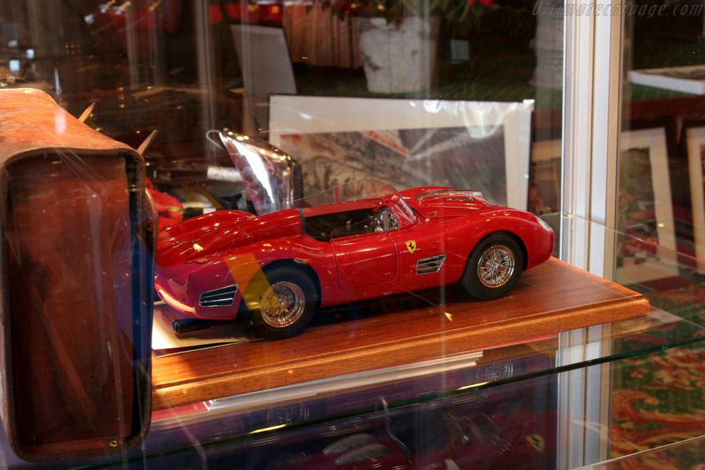 Ferrari 250 TR59 1:10 scale    - 2005 Bonhams Gstaad Auction