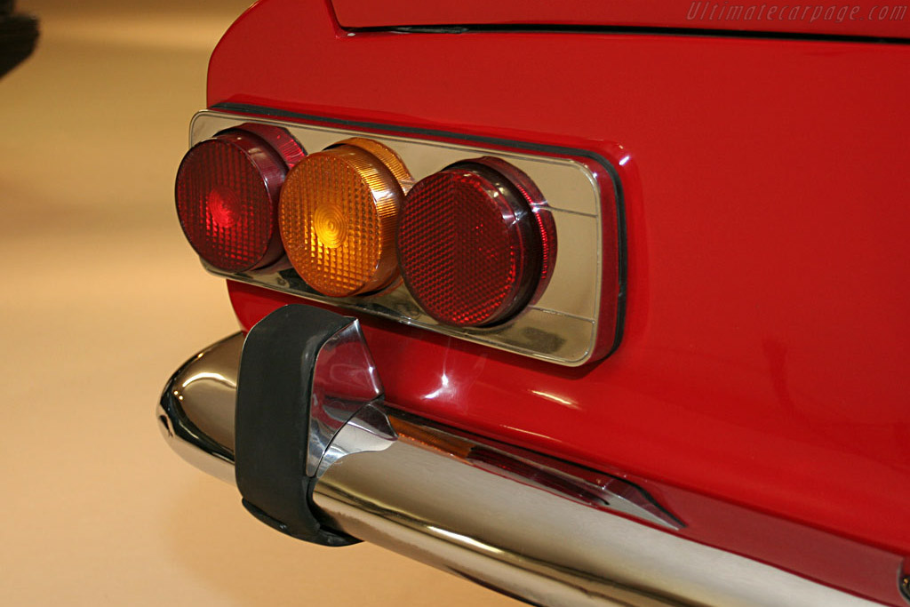 Ferrari 365 GT 2+2 - Chassis: 13419   - 2006 Bonhams Gstaad Auction