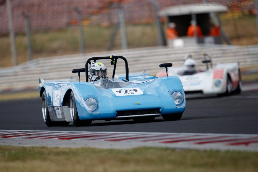 Lola T210 - Chassis: SL210/08 - Driver: Wolfgang Henseler / Michael Delaney - 2019 Hungaroring Classic