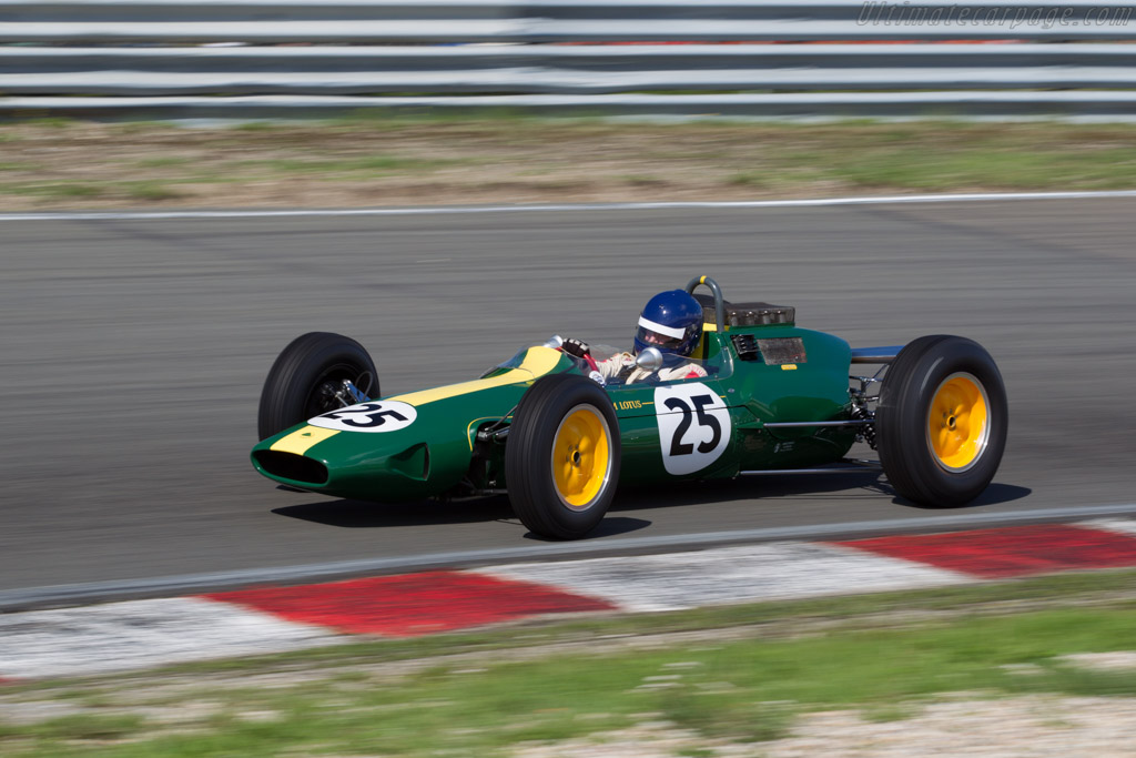 Lotus 25 Climax - Chassis: R3 - Driver: Andy Middlehurst  - 2015 Historic Grand Prix Zandvoort
