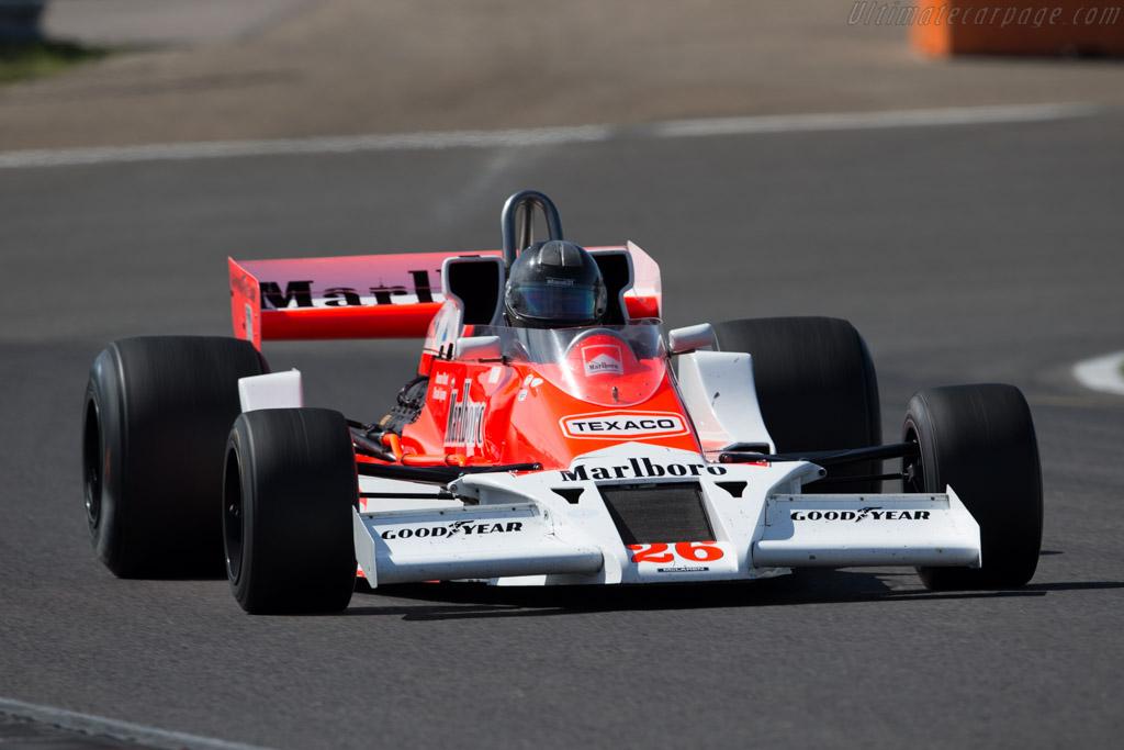 McLaren M26 Cosworth - Chassis: M26-1 - Driver: Frank Lyons  - 2015 Historic Grand Prix Zandvoort