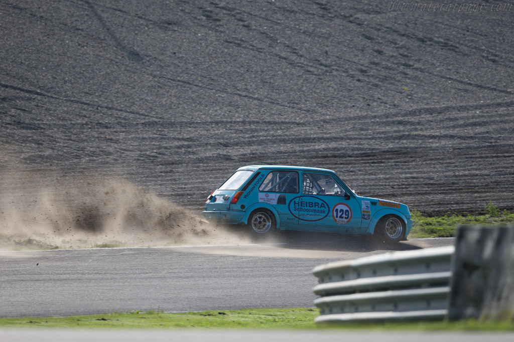 renault 5 alpine driver michel vaillant 2015 historic grand prix zandvoort. Black Bedroom Furniture Sets. Home Design Ideas