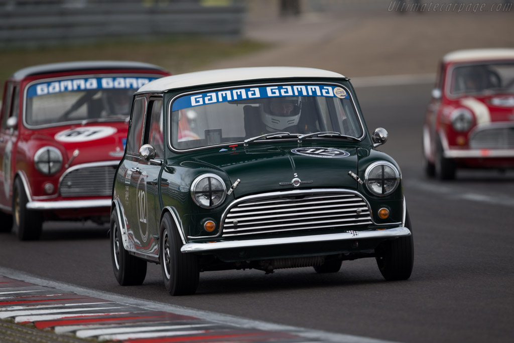 austin mini cooper s driver bert mets 2016 historic grand prix zandvoort. Black Bedroom Furniture Sets. Home Design Ideas