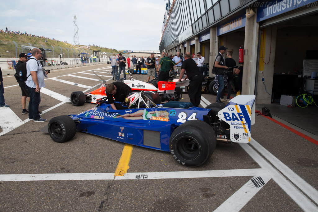 Hesketh 308E Cosworth - Chassis: 308E / 1 - Driver: Michael Lyons  - 2016 Historic Grand Prix Zandvoort