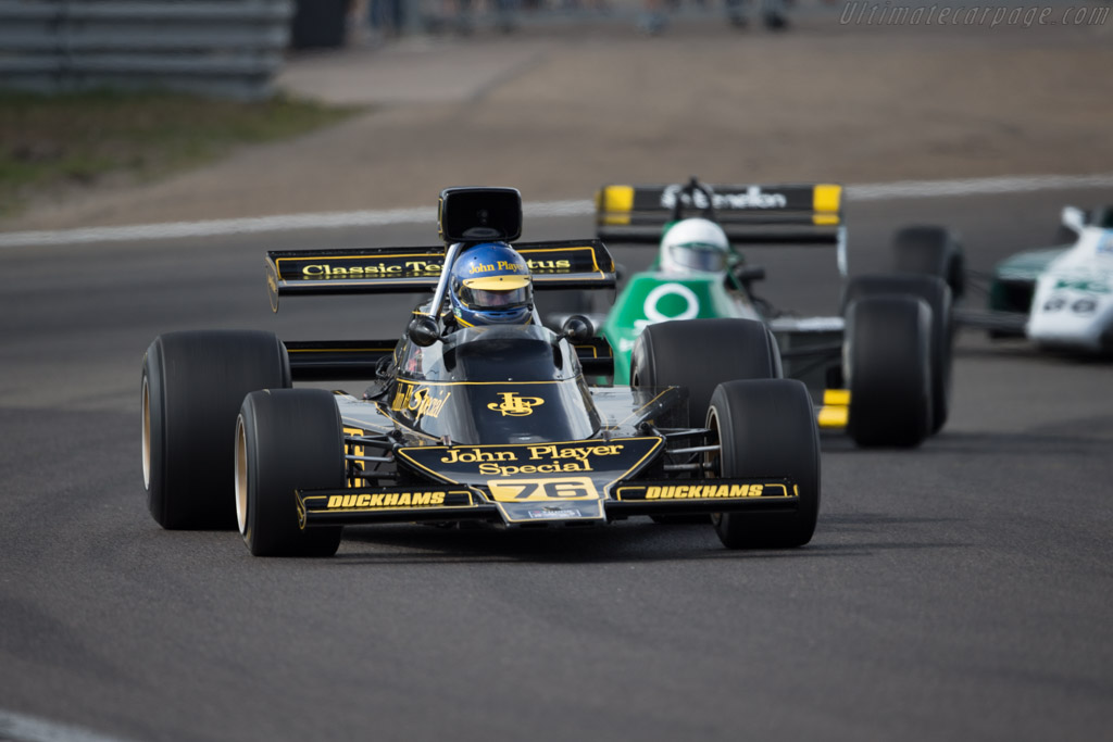Lotus 76 Cosworth - Chassis: JPS9 - Driver: Andrew Beaumont  - 2016 Historic Grand Prix Zandvoort
