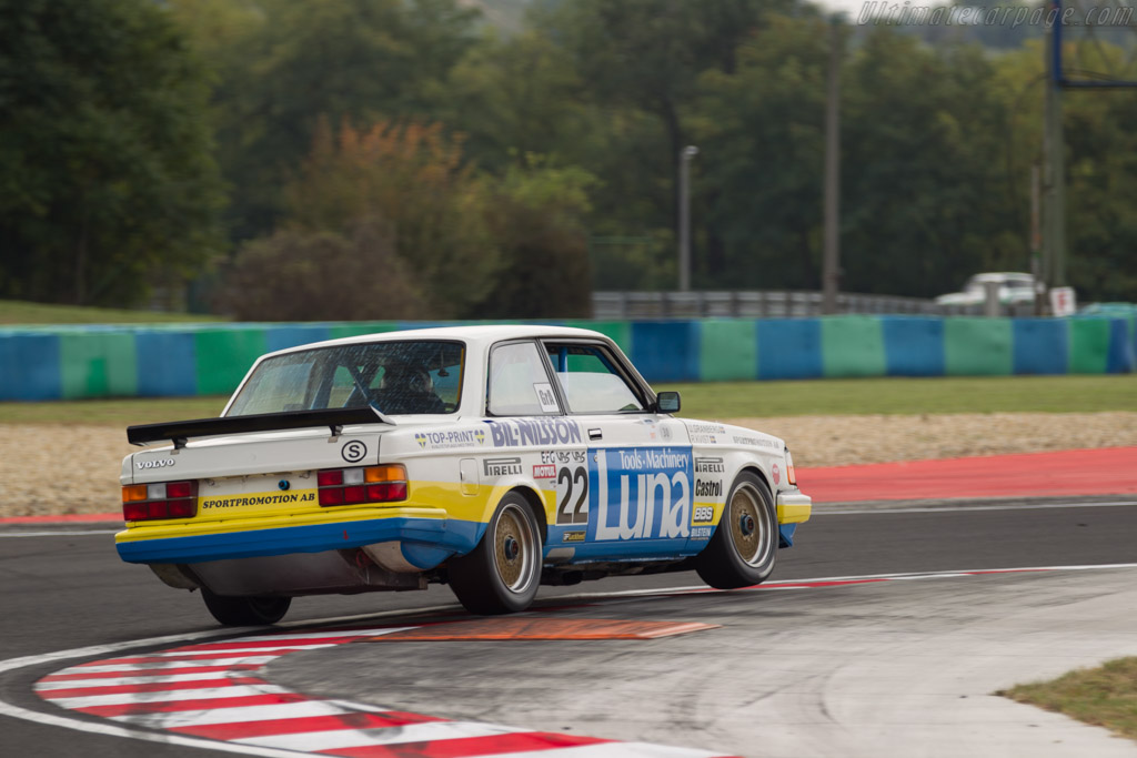 Volvo 240 Turbo - Chassis: 240A 403 - Driver: Andrew Beverley  - 2017 Hungaroring Classic