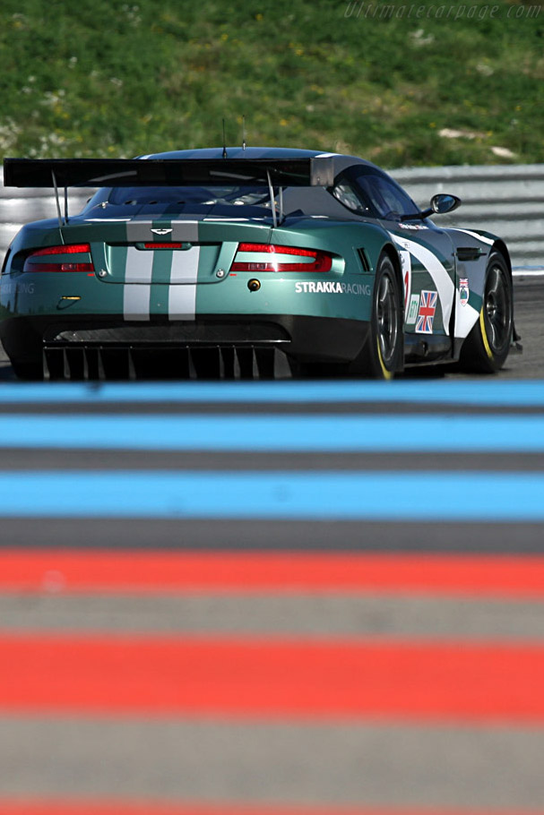 Aston Martin DBR9 - Chassis: DBR9/4 - Entrant: Strakka Racing - Driver: Peter Hardman / Nick Leventis  - 2008 Le Mans Series Preview
