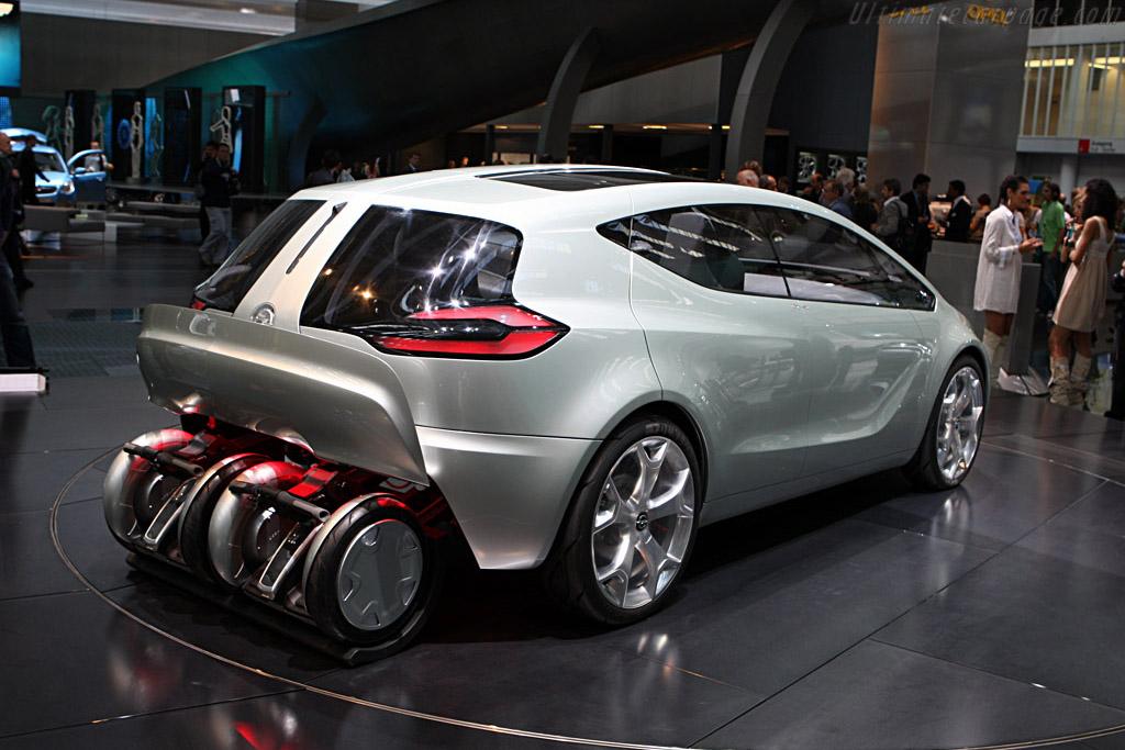 Opel Flextreme Concept    - 2007 Frankfurt Motorshow (IAA)