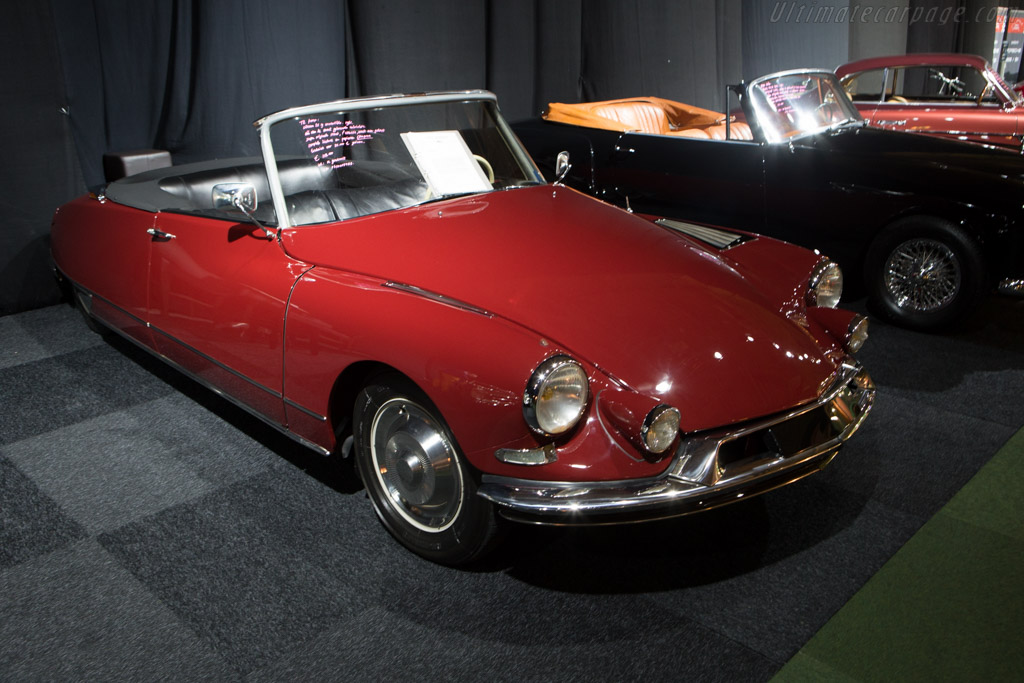 Citroën DS 19 Convertible    - 2015 Interclassics and Topmobiel