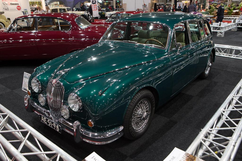 Jaguar Mk2 Estate    - 2015 Interclassics and Topmobiel