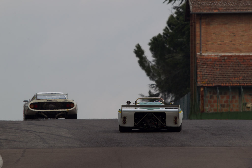 Chevron B36 - Chassis: 36-76-03   - 2013 Imola Classic