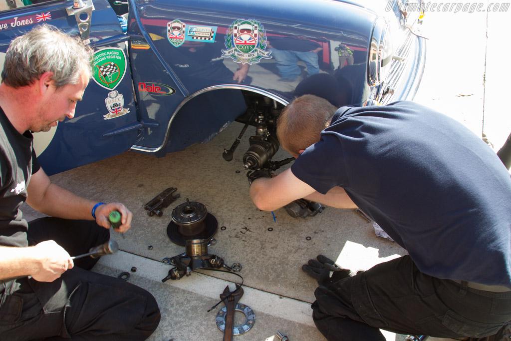 Morris Mini Cooper S - Chassis: K-A2S4 550518 - Driver: Steve Jones  - 2016 Imola Classic