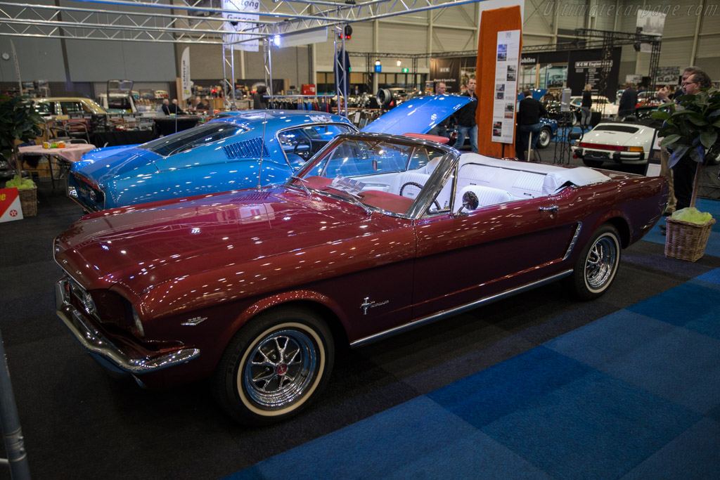 Ford Mustang Convertible 2017 Interclassics Maastricht