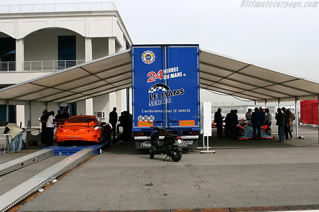 Scrutineering    - 2006 Le Mans Series Istanbul 1000 km