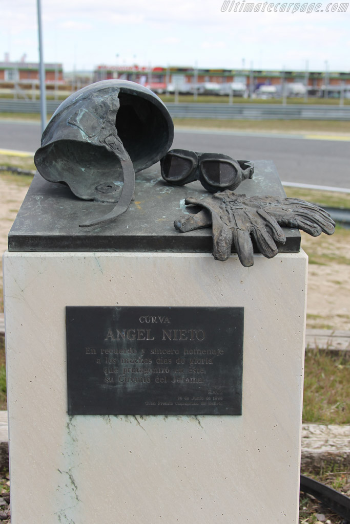 Monument for Angel Nieto    - 2016 Jarama Classic