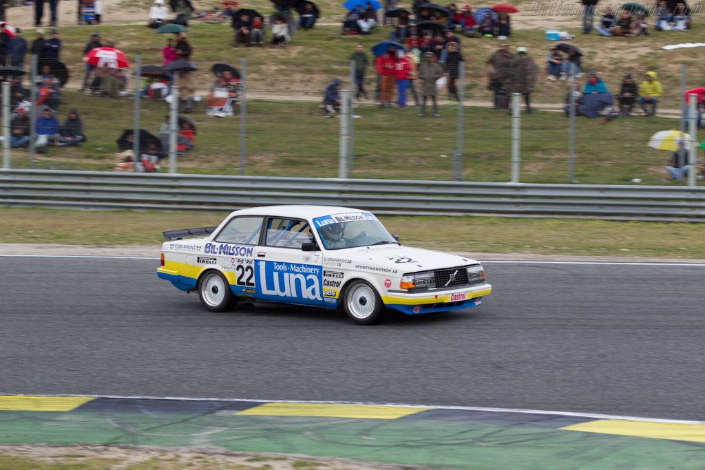 Volvo 240 Turbo - Chassis: 240A 403 - Driver: Andrew Beverley  - 2016 Jarama Classic