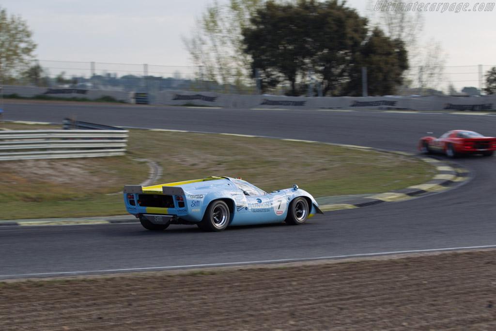 Lola T70 Mk3 Coupe - Chassis: SL73/132 - Driver: Toni Seiler  - 2017 Jarama Classic