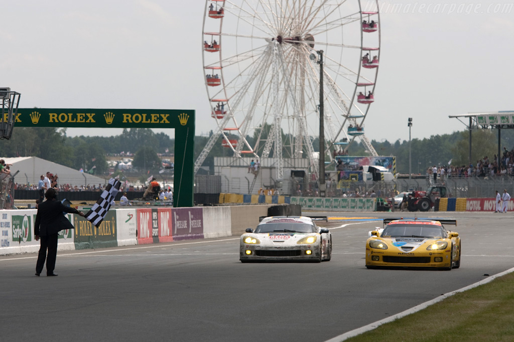 A Corvette 1-2 in GT1 - Chassis: 007   - 2009 24 Hours of Le Mans
