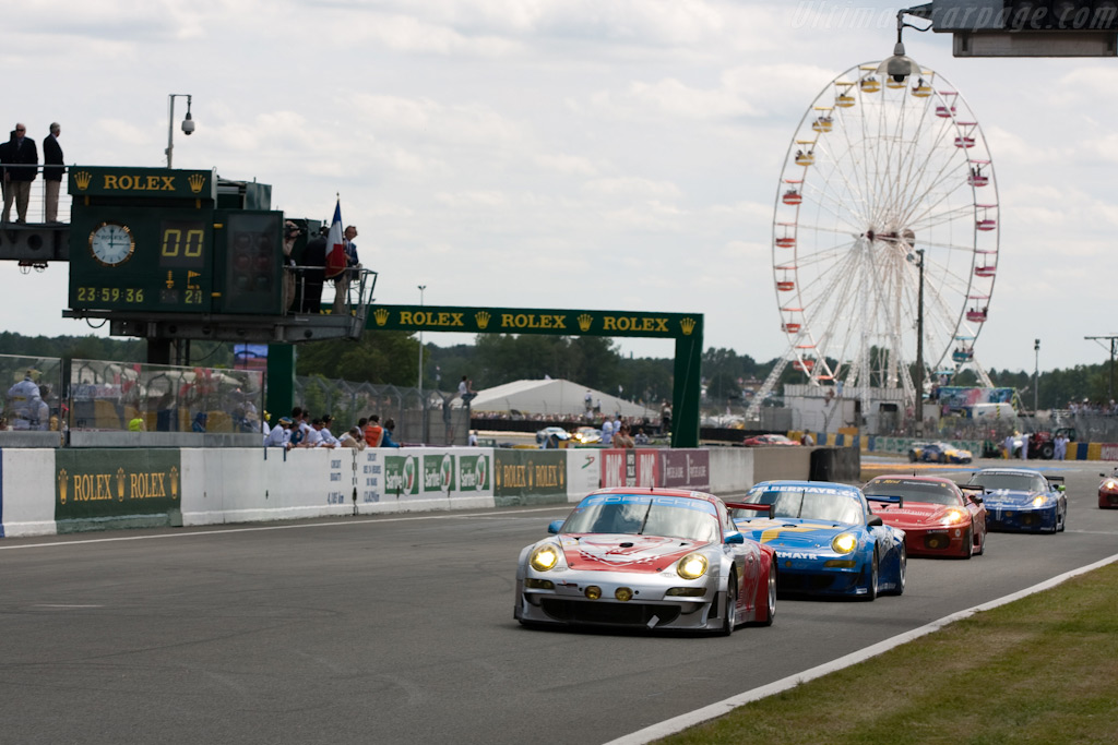Head of the GT2 field - Chassis: WP0ZZZ99Z9S799913   - 2009 24 Hours of Le Mans