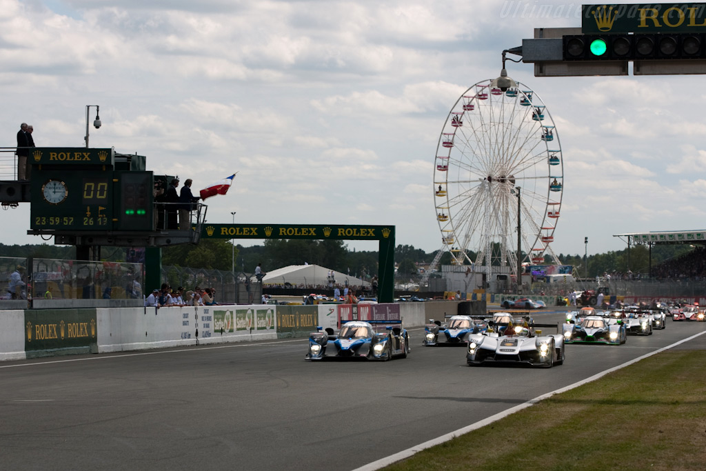 Off they go - Chassis: 105   - 2009 24 Hours of Le Mans