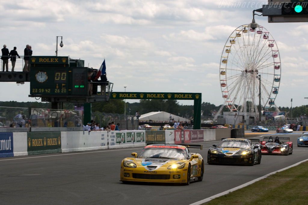 The GT1 leaders - Chassis: 007   - 2009 24 Hours of Le Mans