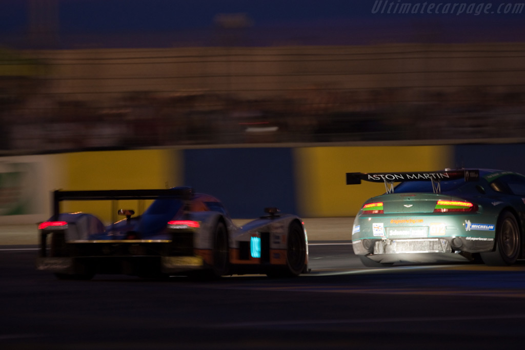 Two Astons - Chassis: GT2/002   - 2009 24 Hours of Le Mans