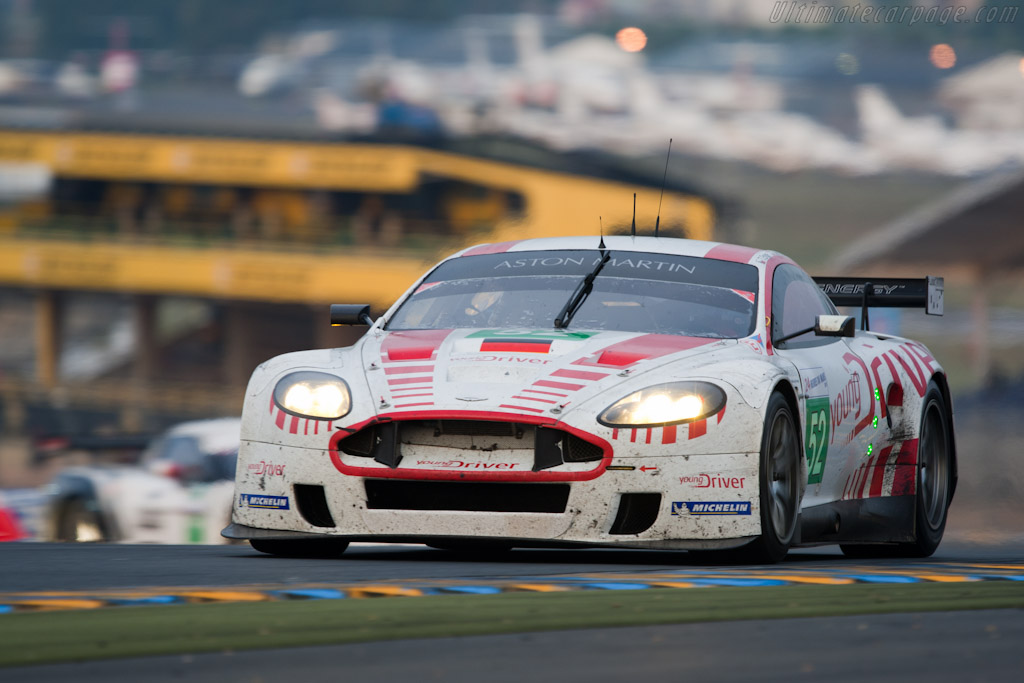 Aston Martin DBR9 - Chassis: DBR9/106   - 2010 24 Hours of Le Mans