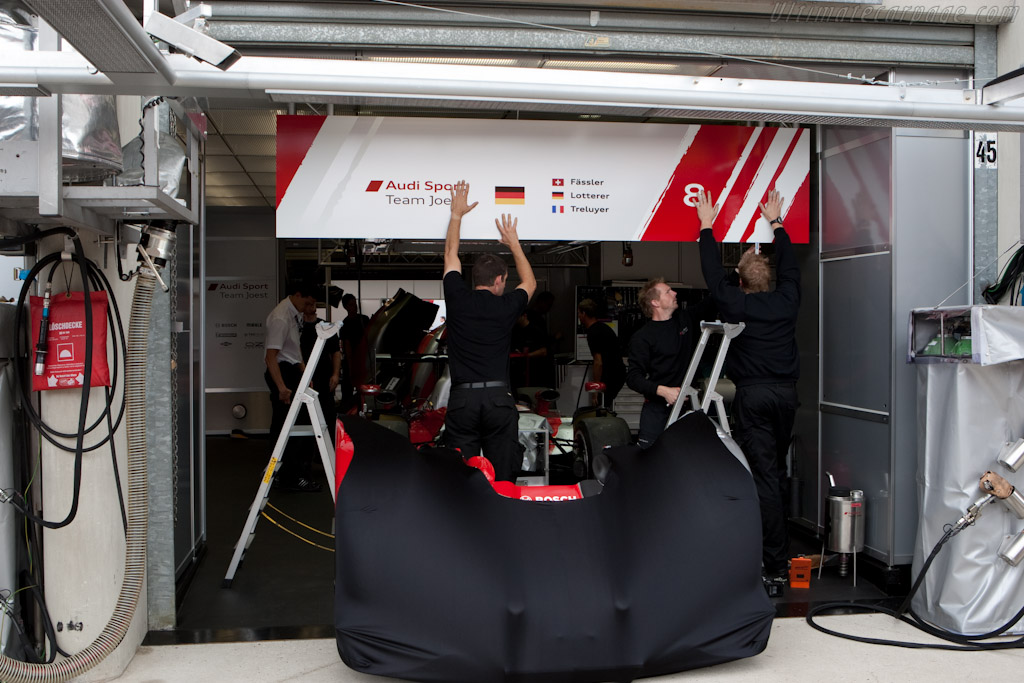 Final Preparations - Chassis: 203   - 2010 24 Hours of Le Mans