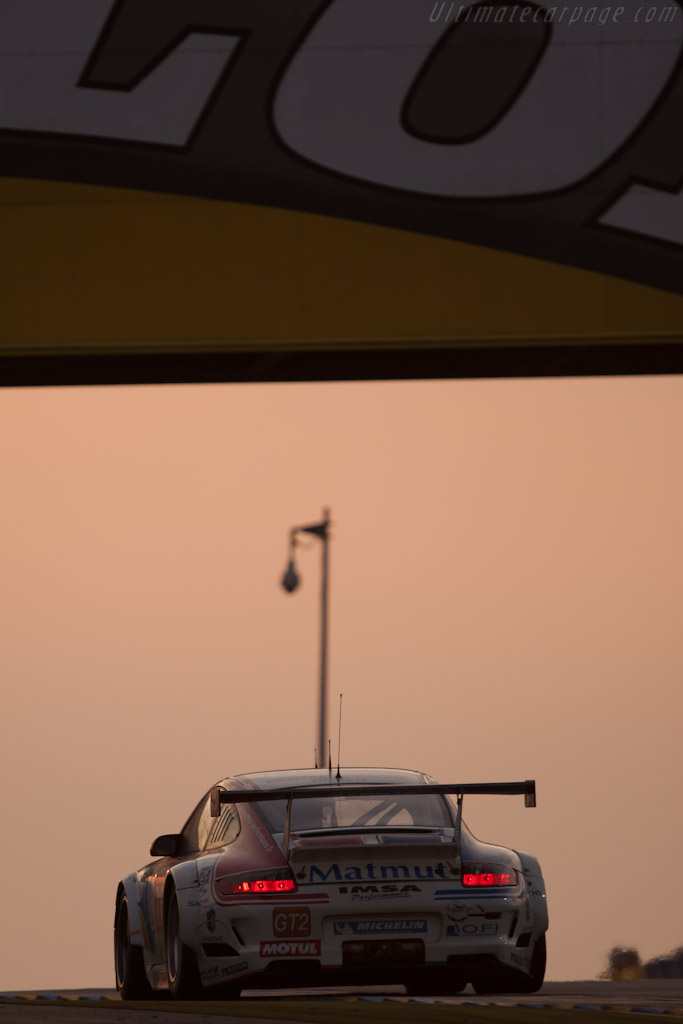 Porsche 997 GT3 RSR - Chassis: WP0ZZZ99Z9S799916   - 2010 24 Hours of Le Mans