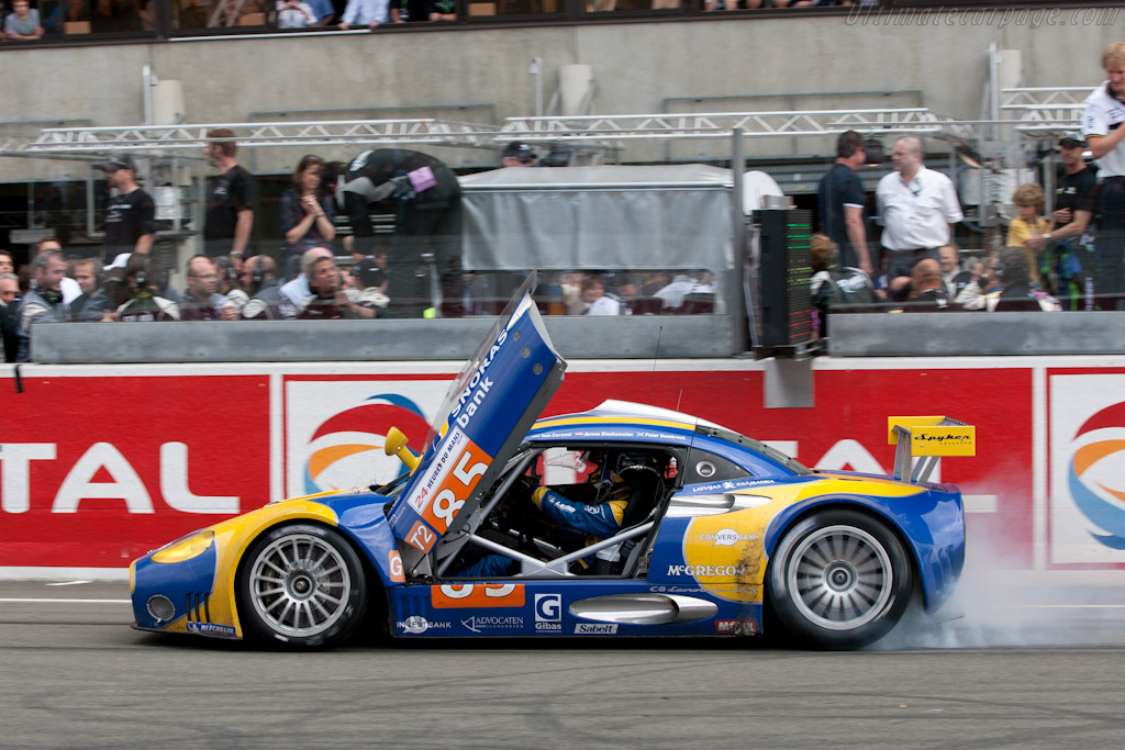 Spyker burn-out - Chassis: XL9AB01G37Z363190   - 2010 24 Hours of Le Mans