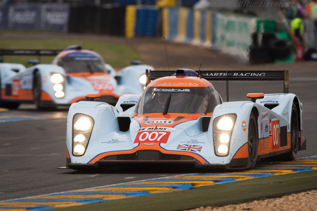 Strikingly liveried Lola Astons - Chassis: B0960-HU02S   - 2010 24 Hours of Le Mans